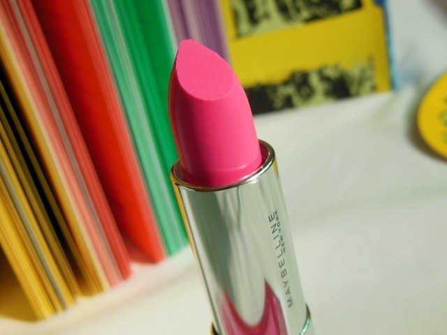 Maybelline ColorSensational Pink Alert Pow1 Lipstick Review