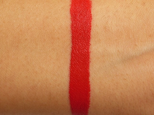 Stila Stay All Day Liquid Lipstick Beso Swatch 1