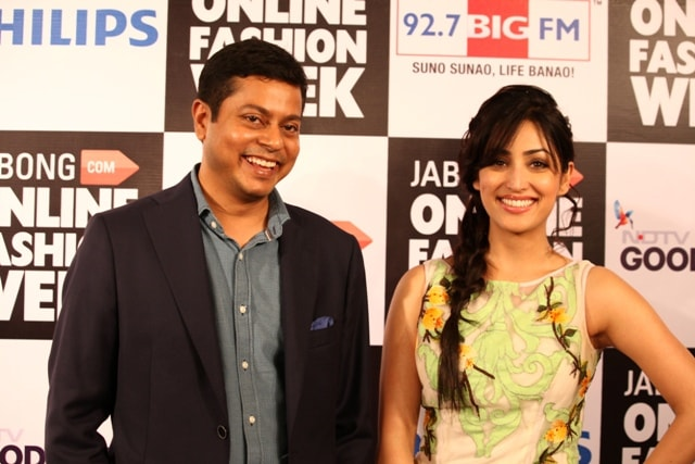 Mr. Praveen Sinha Founder and MD of Jabong.com and Yami Gautam