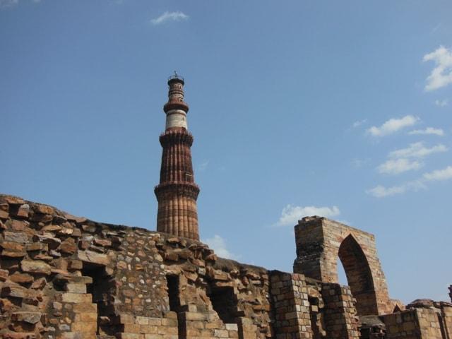 Qutab Minar, Monuments of Delhi