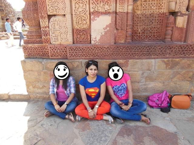 relaxing at Qutab Minar