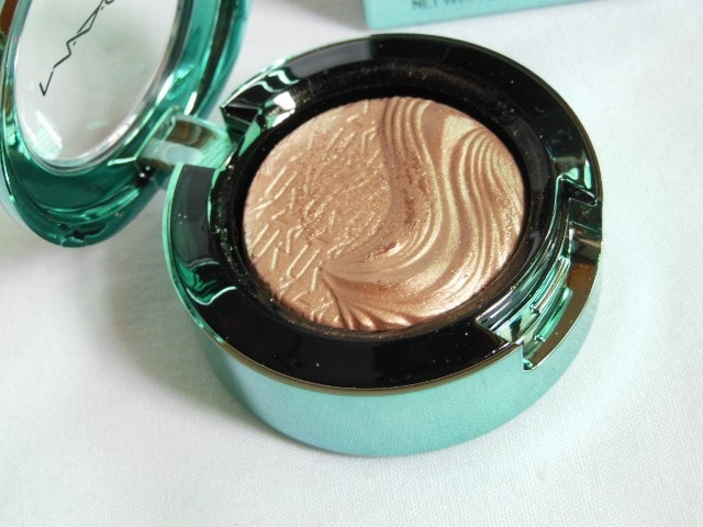 MAC Aquatic Extra Dimension Eye Shadow Lorelei
