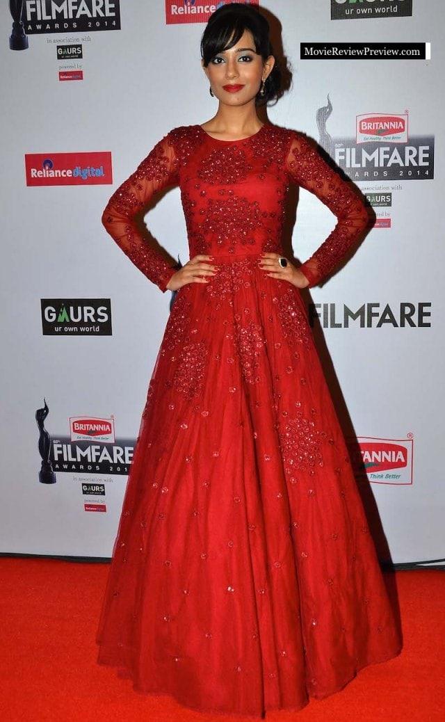 Worst Dressed at Filmfare Awards 2015 - Amrita Rao