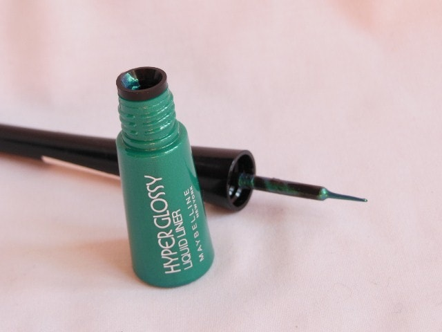 Maybelline Hyper Glossy Electric Liquid liner Lazer Green