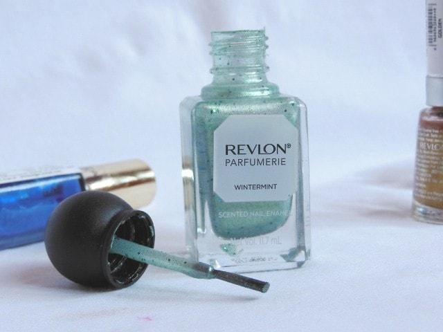 Revlon Parfumerie Scented Nail Enamel Wintermint  Packaging