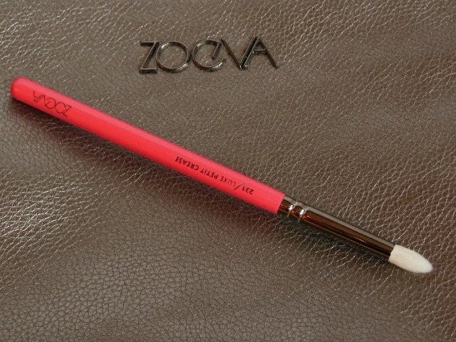 Zoeva 231 Luxe Petit Crease Brush