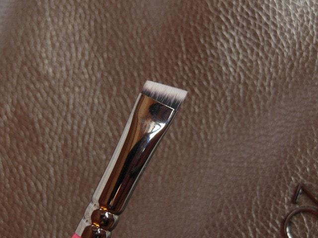 Zoeva Brow Line 322 Brush