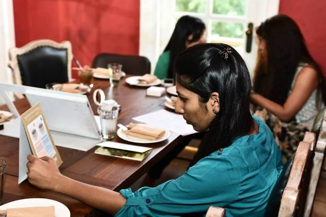 Bloggers Meet - Innisfree Cushion Foundation