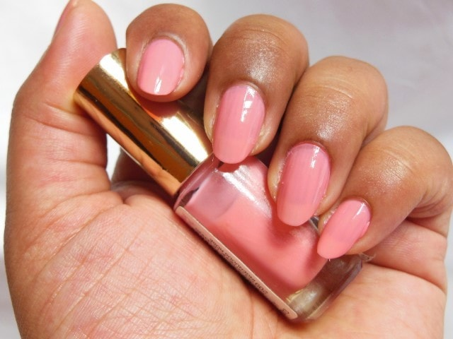 L'oreal Paris Color Riche le Vernis Ingenuous Rose NOTD