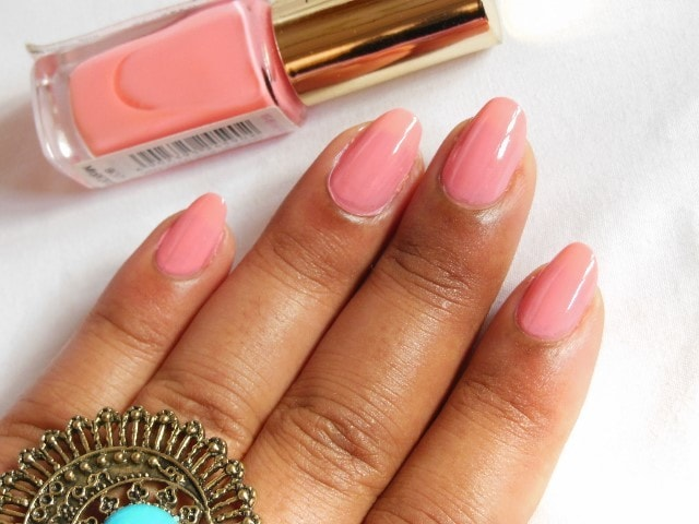 L'oreal Paris Color Riche le Vernis Ingenuous Rose Swatch