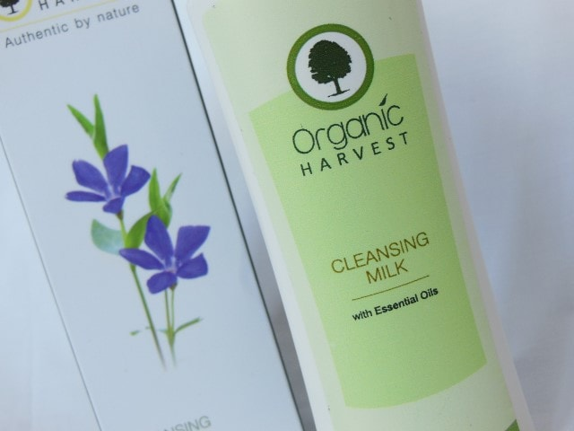 Organic Harvest Cleansing Milk with essential Oils