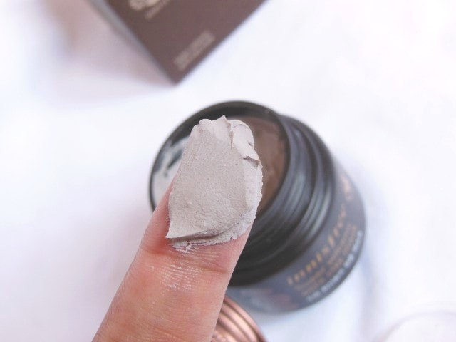 Innisfree Super Volcanic Pore Clay Mask Swatch