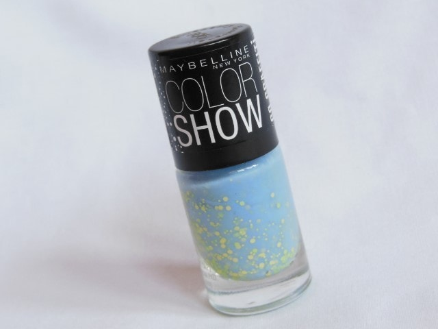 Maybelline Go Graffiti Blueberry Bombshell Nail Paint Review