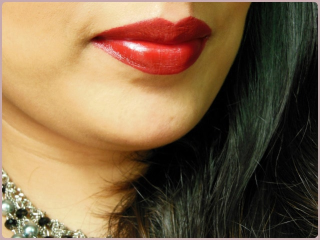Revlon Superlustrous Blackberry Lipstick Lips