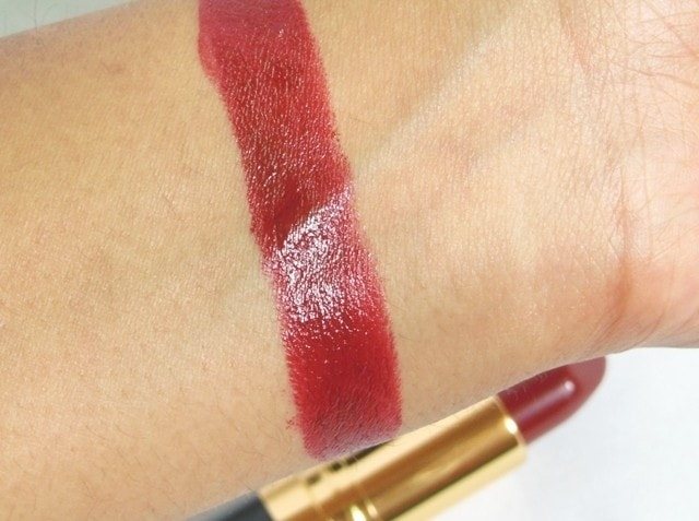 Revlon Superlustrous Lipstick BlackBerry Swatch