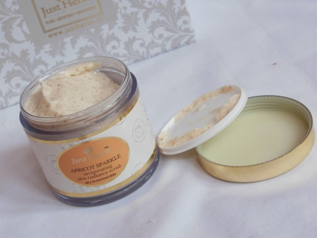 Just Herbs Apricot Sparkle Face Scrub Packaging