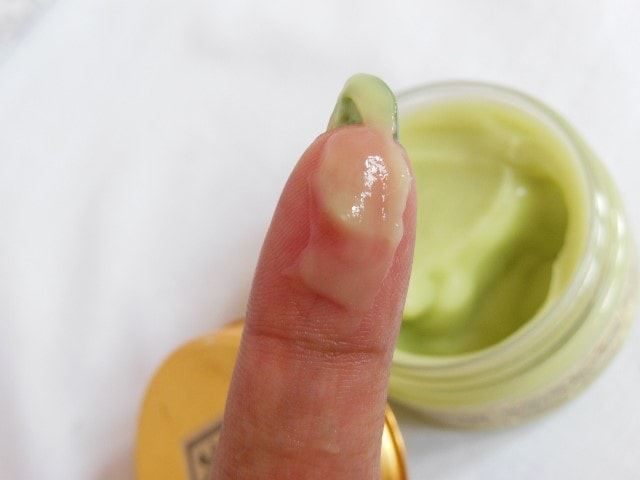 Just Herbs Plump Up Age Defying Anti-wrinkle Gel Swatch