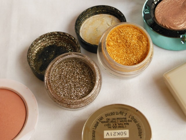 MAC Pigments Used for Black Glittery Eyes