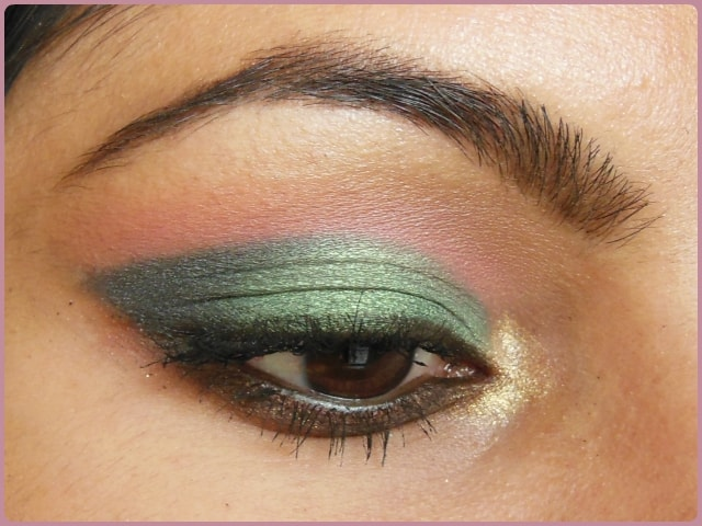 Metallic Green Eye Look