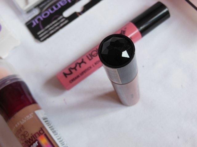 NYX Liquid Suede Cream Lipstick Sandstorm Packaging