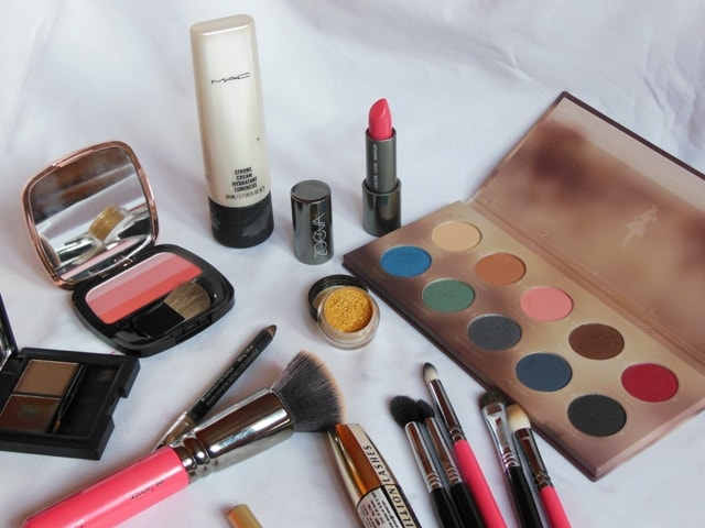Products Used for Metallic Green Eye Makeup