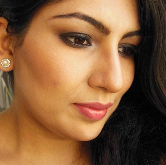 Gerua Song Kajol Inspired Makeup Look