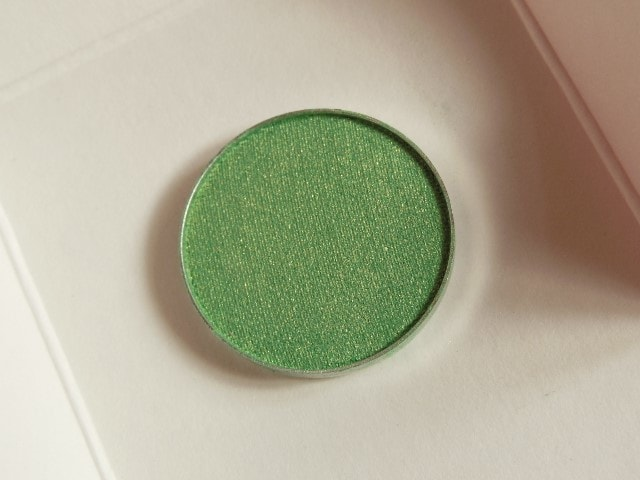 Makeup Geek Eye Shadow Appletini Review