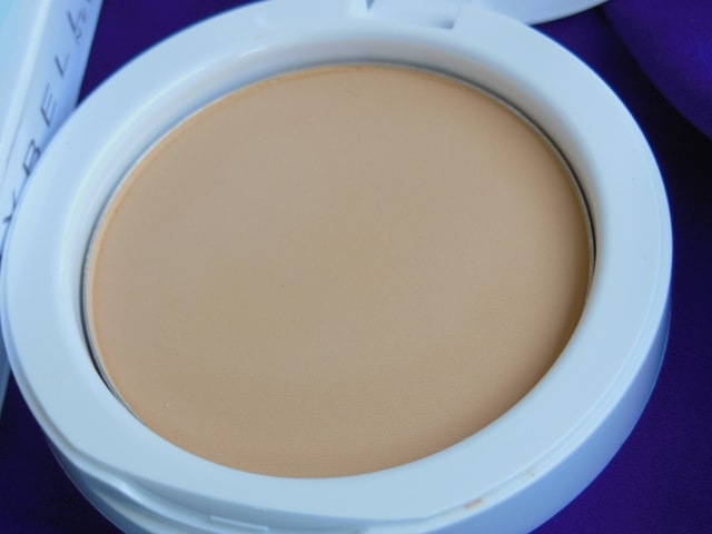 Maybelline White Super Fresh Compact Shell