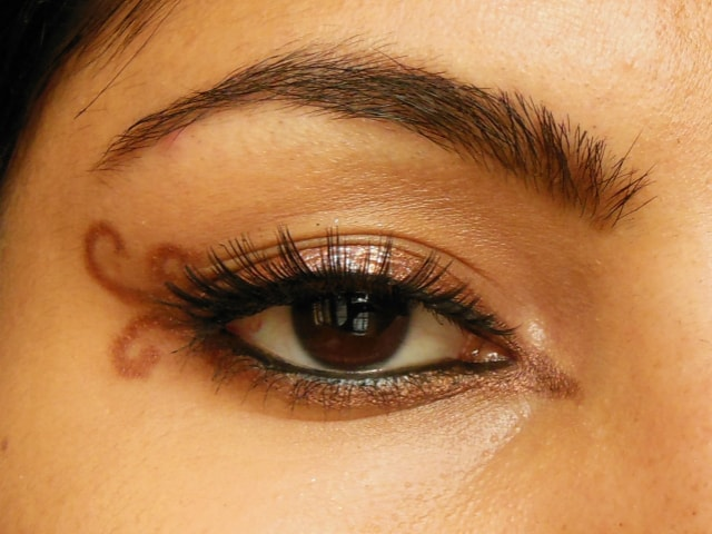 Swirly Winged Eye Liner EOTD