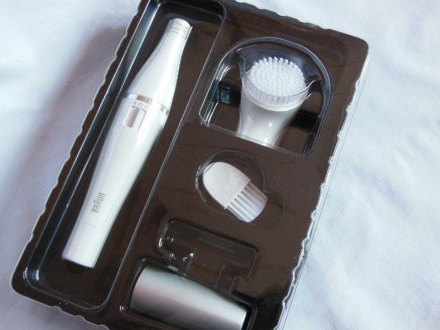 Braun Face Mini Epilator with Cleansing Brush Packaging