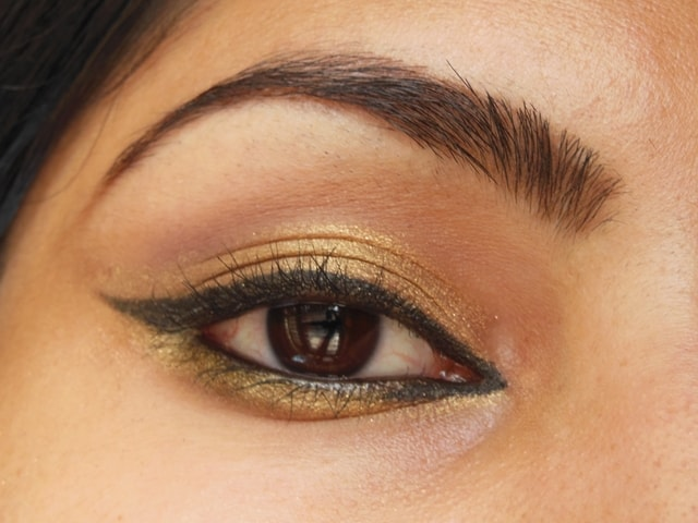 Easy Golden Eye Makeup Look