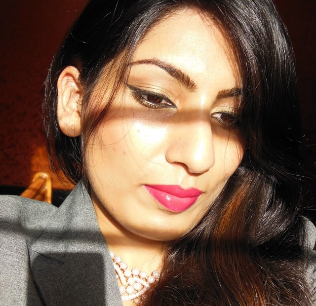 Golden Eyes and Pink Lips Makeup FOTD