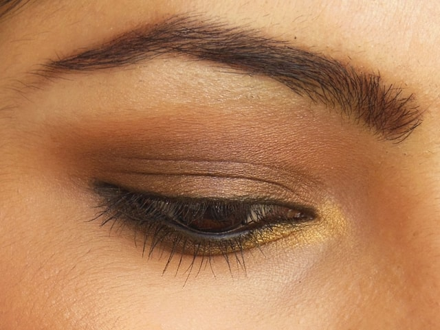Luxie Beauty Dark Brown Eye Shadow 302, 104 Eyes