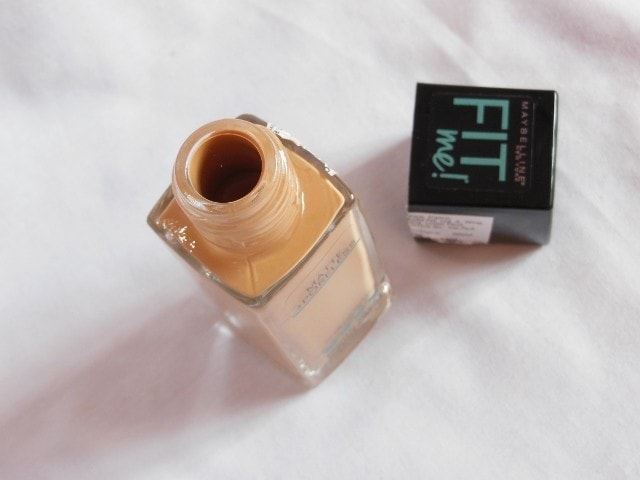 Maybelline Matte+Poreless Fit Me Foundation Packaging