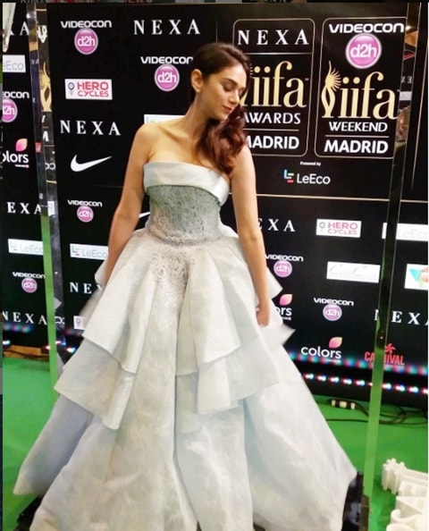 5 Best Dressed Celebrities at IIFA 2016 - Aditi Rao Hydari look