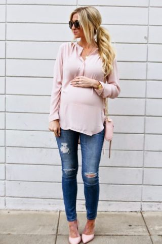 5 ways to look stylish during pregnancy- Wear your size