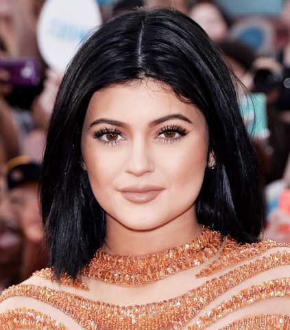 Top 10 Affordable drugstore dupes of Kylie Jenner Lip Shades in India- Medium Brown Lip Shade