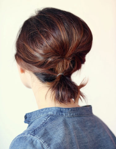 15 Best Hairstyles For Short Hair - Puffy Ponytail