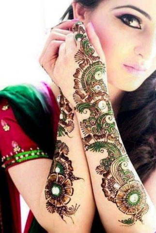 15-best-karwa-chauth-mehendi-designs-colorful-stones-heena-designs-2