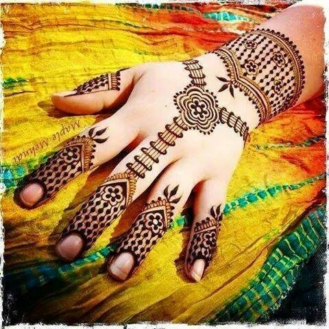 15-best-karwa-chauth-mehendi-designs-ornamental-mehendi-designs-3