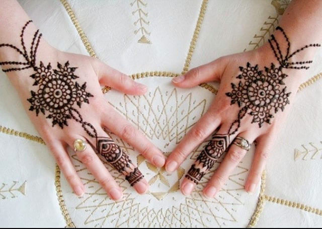 15-best-karwa-chauth-mehendi-designs-ornamental-mehendi-designs