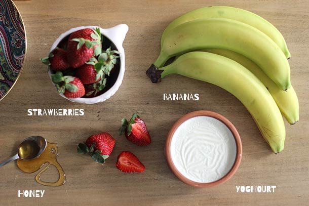 strawberry-face-mask-recipes-at-home-strawberry-banana-honey-and-yogurt