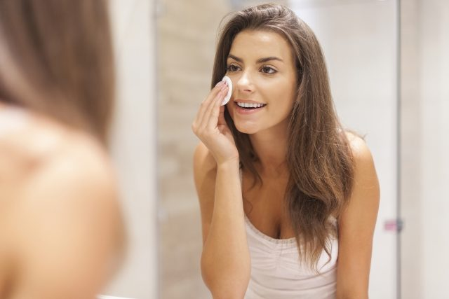 Top 10 Ways To Achieve Flawless Complexion NATURALLY - Cleanse Before Sleeping