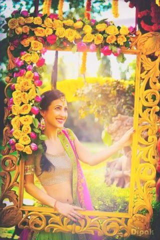 10-Best-Photobooth-Inspirations-for-Wedding-Celebrations-Floral-Frames