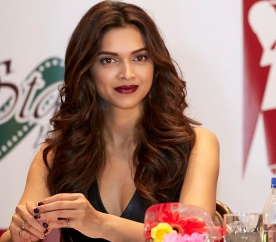 beauty-secrets-of-deepika-padukone-makeup-tips