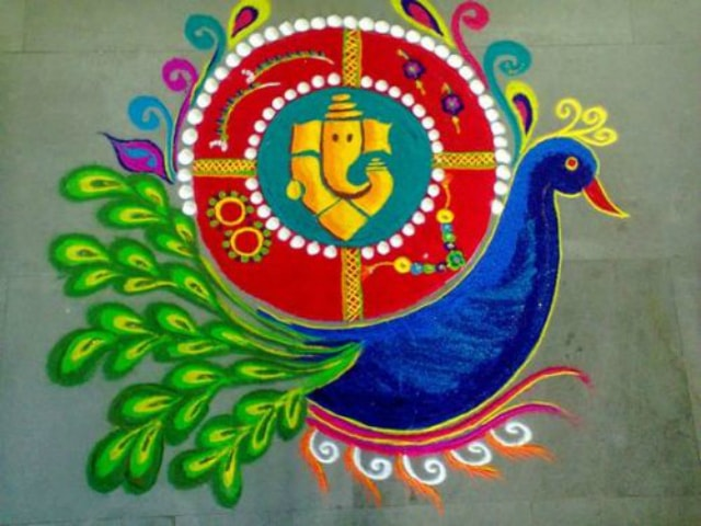 best-ganesha-rangoli-designs-ganpati-rangoli-with-peacock