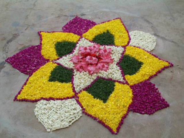 best-rangoli-designs-for-beginners-latest-diwali-rangoli-design-with-flowers