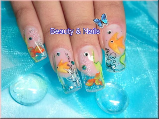 crazy-beauty-trends-ever-aquarium-nails