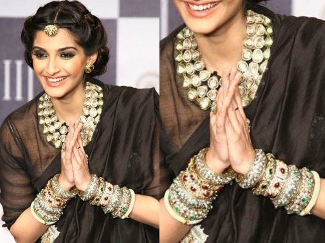 must-have-vintage-jewelry-for-indian-brides-kada-bangle-sonam-kapoor
