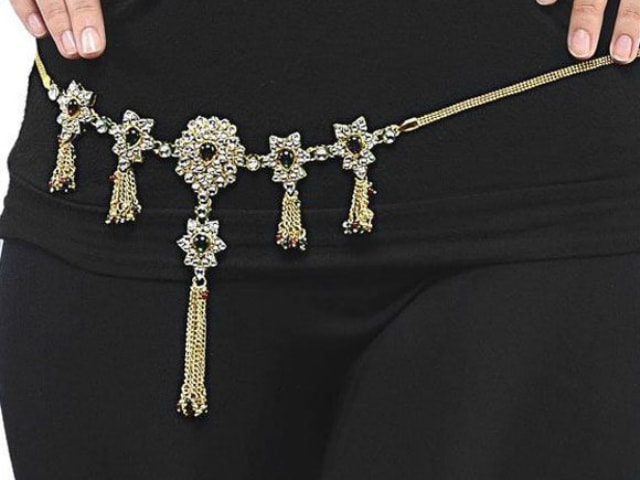 must-have-vintage-jewelry-for-indian-brides-saree-wasit-band